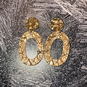 Vestique Gold Hammered Abstract Earrings